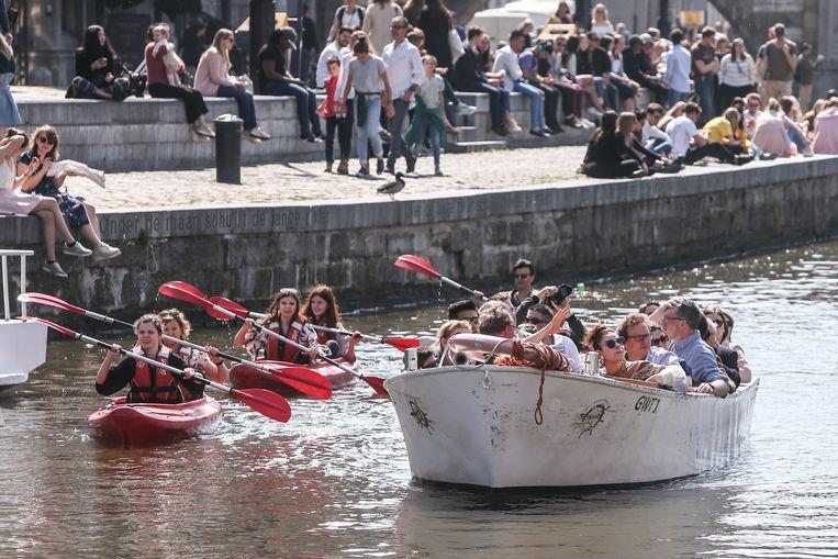 Stralende zon in Gent, 'bootjesweer'