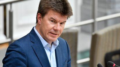 Minister Sven Gatz wil oude beroepen opnieuw hip maken met nieuw beurzensysteem
