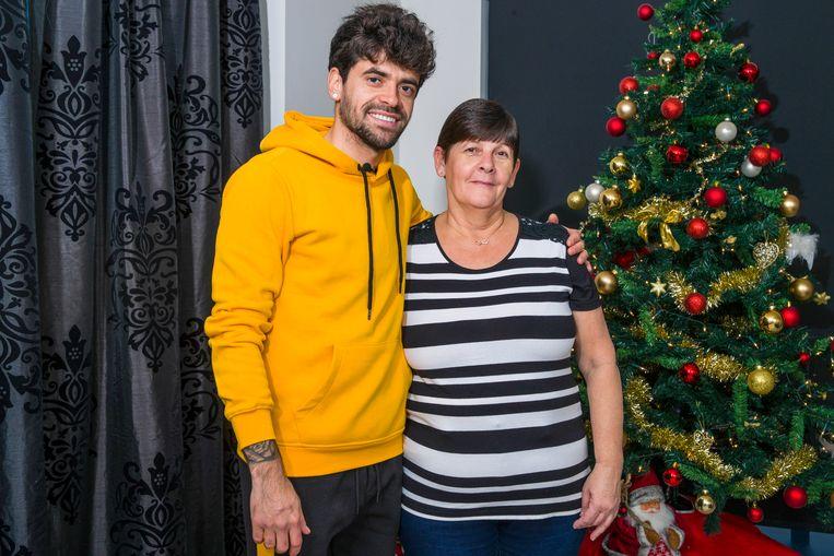 Fernando Canesin met moeder Regina.