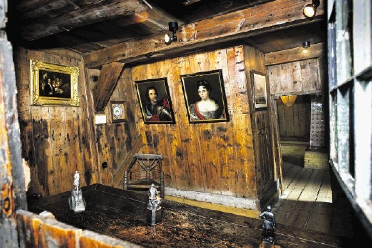 De Russische Tsaar Peter verbleef slechts acht dagen in dit huisje in Zaandam, dat later door een overstroming scheef getrokken is. ( FOTO PATRICK POST) Beeld Patrick Post