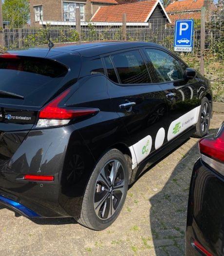 Niet één, maar twee deelauto's voor Wolphaartsdijk: 'Je kunt het maar één keer goed doen'