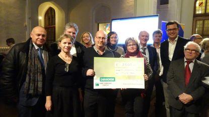 Willemsfonds geeft 2.000 euro aan de mug-heli