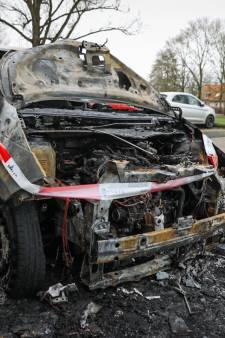 Auto brandt uit in Arnhem-Zuid: buurt baalt van incidenten