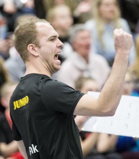 Trainer WVC begint aan tiende seizoen bij volleybalclub