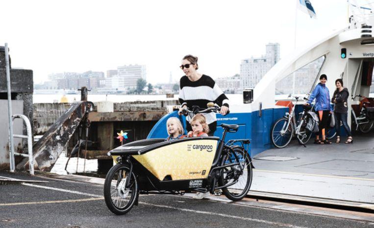 De elektrische deelbakfiets van Cargoroo Beeld Lucas Hardonk/Cargoroo
