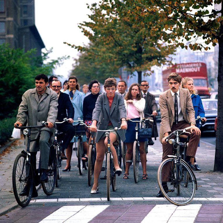 Woon-werkverkeer in de Wibautstraat in Amsterdam, 1969 Foto Eddy Posthuma de Boer Beeld Eddy Posthuma de Boer