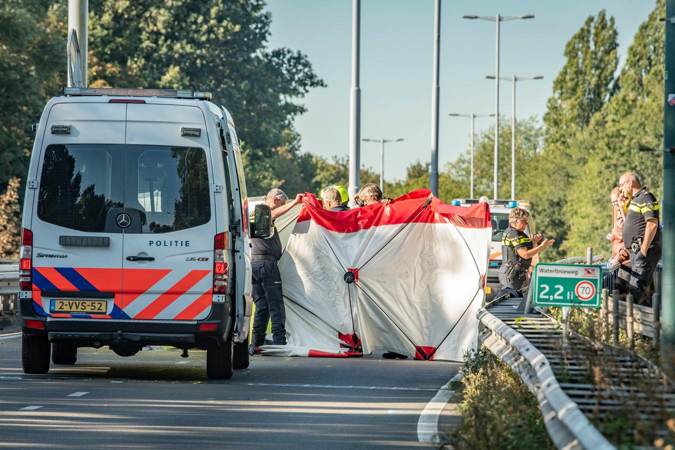 Dode op de Waterlinieweg in Utrecht.