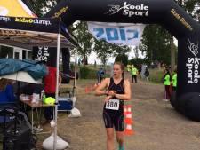 Triatlete Baldé wint, mede dankzij snelle wissel
