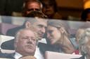 Daniel Schwaab keek samen met zijn vrouw vanaf de tribune toe hoe zijn ploeggenoten het deden tegen ADO Den Haag.