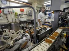 Gouwenaars kopen bijna 8000 pakjes stroopwafels voor zorgpersoneel