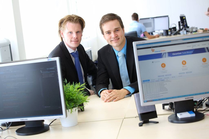De oprichters Christian de Kok (links) en Karsten Nilsen van Clevercoin. Foto Freekje Groenemans.