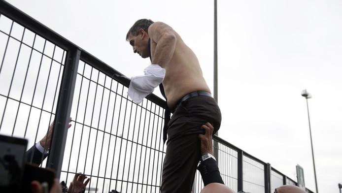 Xavier Broseta a dû être exfiltré par le service de sécurité.