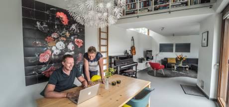 Hester en Roelof verkopen hun hoekwoning in Delft: 'Niet omdat het moet, maar omdat het kan'