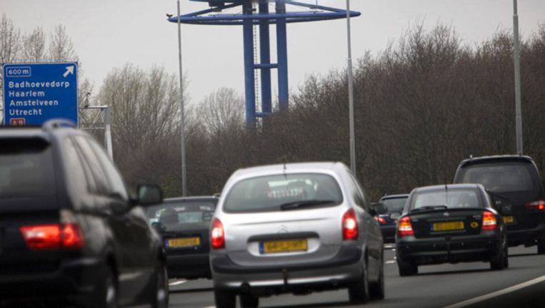 De politie gaat al het verkeer dat de stad binnenrijdt controleren op kenteken. © anp Beeld