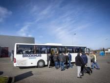 Met een bus vol werkzoekenden langs Twentse bedrijven