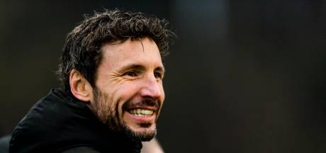 Van Bommel kan bij eliminatie Australië woensdag direct beginnen bij PSV