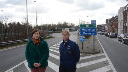 Renovatie Scheldebrug gaat volgende fase in, gemeente sluit oprit aan viaduct af om sluipverkeer tegen te houden