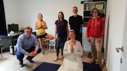 """Yogadag gaat virtueel op langste dag van het jaar: """"Andere manieren zoeken om mensen te doen bewegen"""""""