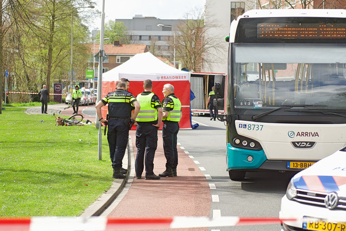 Op 16 april vorig jaar kwam Rhodé Zondag uit Woerden om het leven na een dodelijk verkeersongeval op de Thorbeckelaan in Gouda, ter hoogte van de oversteek naar de Savornin Lohmansingel. (Archieffoto)