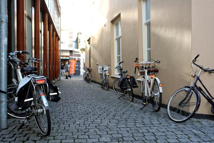 Fietsers krijgen ruim baan in de Bergse binnenstad