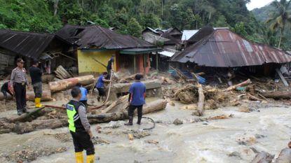 Overstromingen en aardverschuivingen in Indonesië na zware regenval: 22 doden en tientallen gewonden