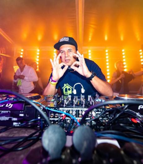 'Fans van Frans Bauer krijgen het lastig tijdens technofeest Uden'