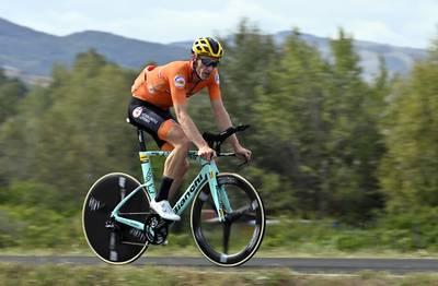 live-%7C-renners-zijn-begonnen-aan-wk-tijdrit-van-emden-straks-al-in-actie