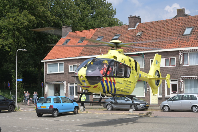 Man valt tijdens werkzaamheden in Tilburg.