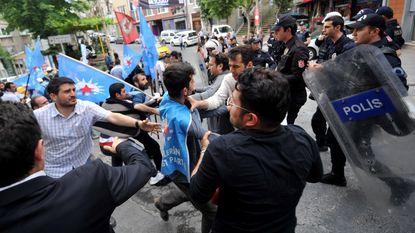 Rellen breken uit nabij Turks mijnongeval