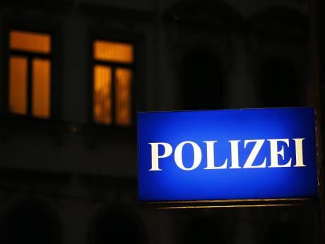 Dronken Nederlander valt van Duits balkon