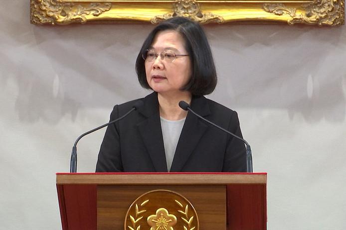 De Taiwanese president Tsai Ing-wen tijdens de persconferentie.
