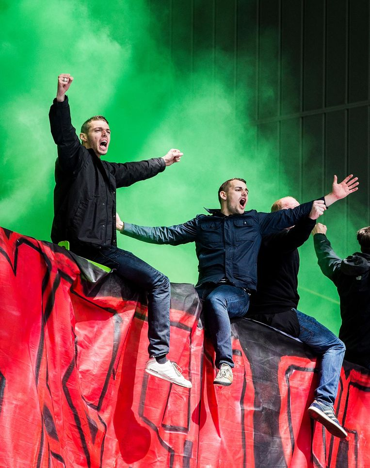 Feyenoord Supporters in het Gelredome, 23-04-2017. Beeld null