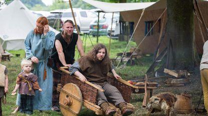 Cowboys, vikingen en Romeinen lopen door Borgloon