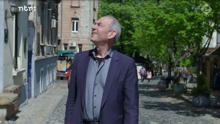 Job Cohen in Belgrado Beeld Verborgen Verleden/NTR