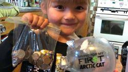 Vijfjarig meisje maakt spaarpot leeg zodat klasgenootje ook melk kan kopen
