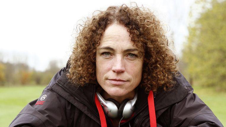 Regisseur Antoinette Beumer op de set van de film De Gelukkige Huisvrouw. Beeld ANP