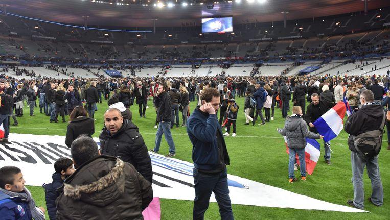 Stade de France tijdens de avond van de aanslagen in Parijs. Beeld epa