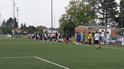 Politie legt in Wezet 'geheime' voetbalmatch stil waar ook enkele bekende voetballers op afkwamen