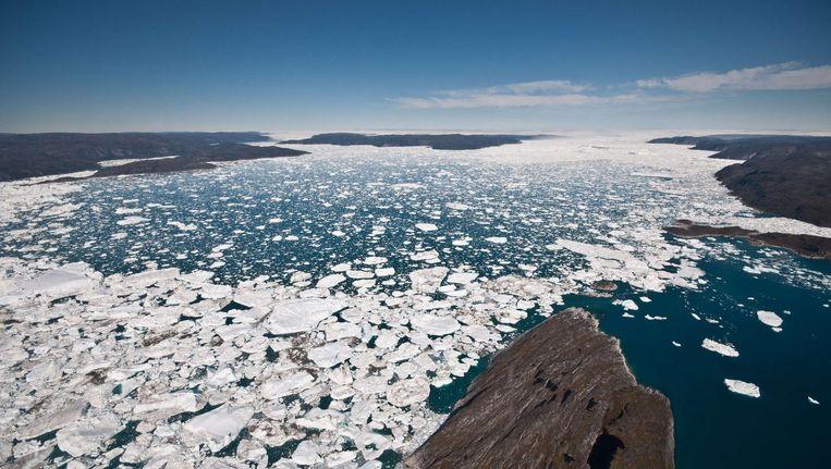 Smeltende ijskappen in een baai van Groenland Beeld afp