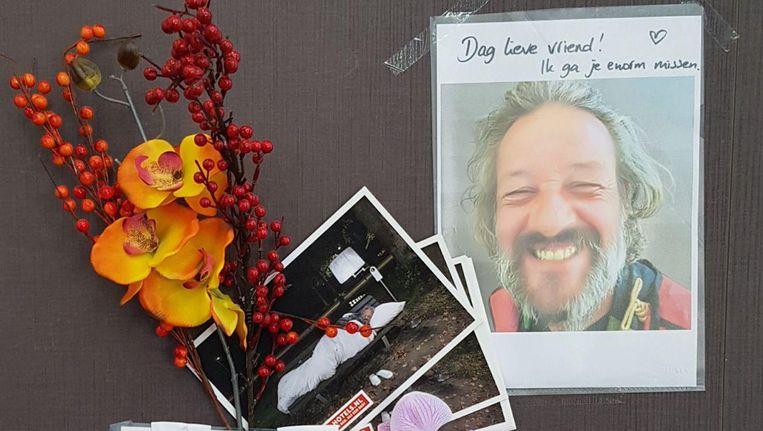 Er is een kleine herdenkingsplek voor Jorge ingericht in de Albert Heijn op het Museumplein Beeld Marcel Goudsblom
