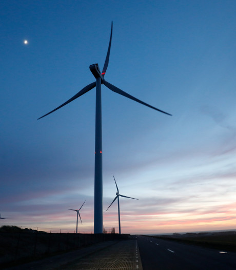 Plannen voor windmolens langs A28 in Putten en voor zonneparken worden verder uitgewerkt