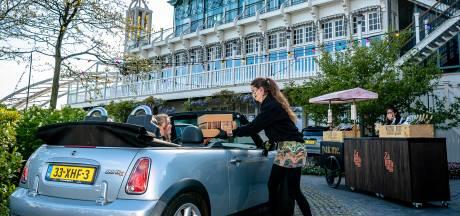 Sushi drive-thru van Zalmhuis is populair, dús komen hun felbegeerde hapjes naar Rotterdam