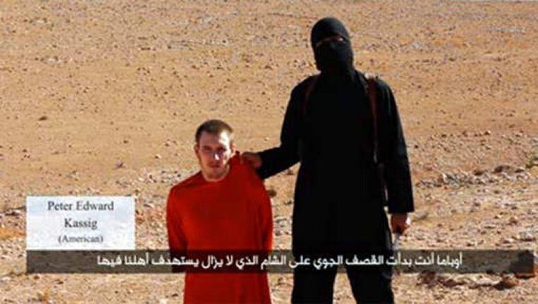 Peter Kassig tijdens de aankondiging van zijn onthoofding, begin oktober 2014.