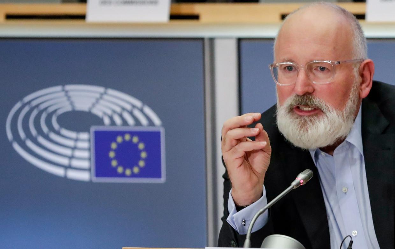 Frans Timmermans tijdens de drie uur durende hoorzitting in het Europees Parlement.