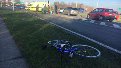 Jonge wielertoerist gewond bij aanrijding