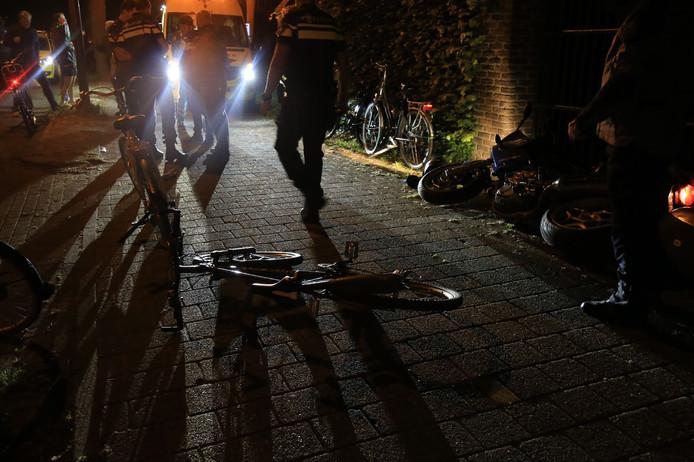 De fietser raakte gewond op de Broekdijk.