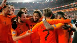 Oranje klopt Franse wereldkampioen en mag dromen van Final Four in Nations League