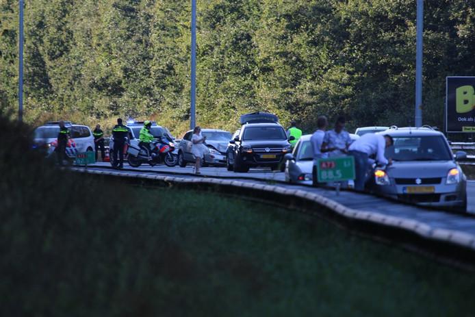 File op de A73 na het ongeval.