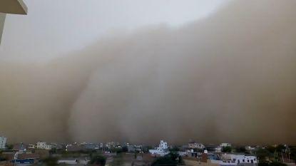 Apocalyptische beelden van dodelijke zandstormen in India