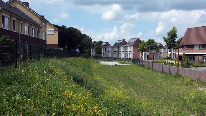 Het azc in Winterswijk (midden).